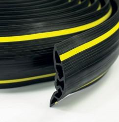 Passage de câble souple XC5 121