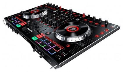 Controleurs DJ USB Numark NS6II